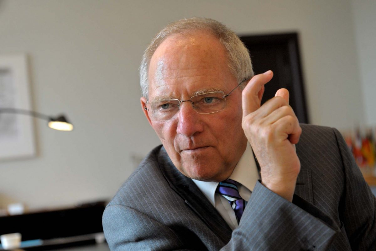 Wolfgang Schäuble, German Federal Minister of Finance in his office (Berlin, 2011). Photo © Aris Fotografie