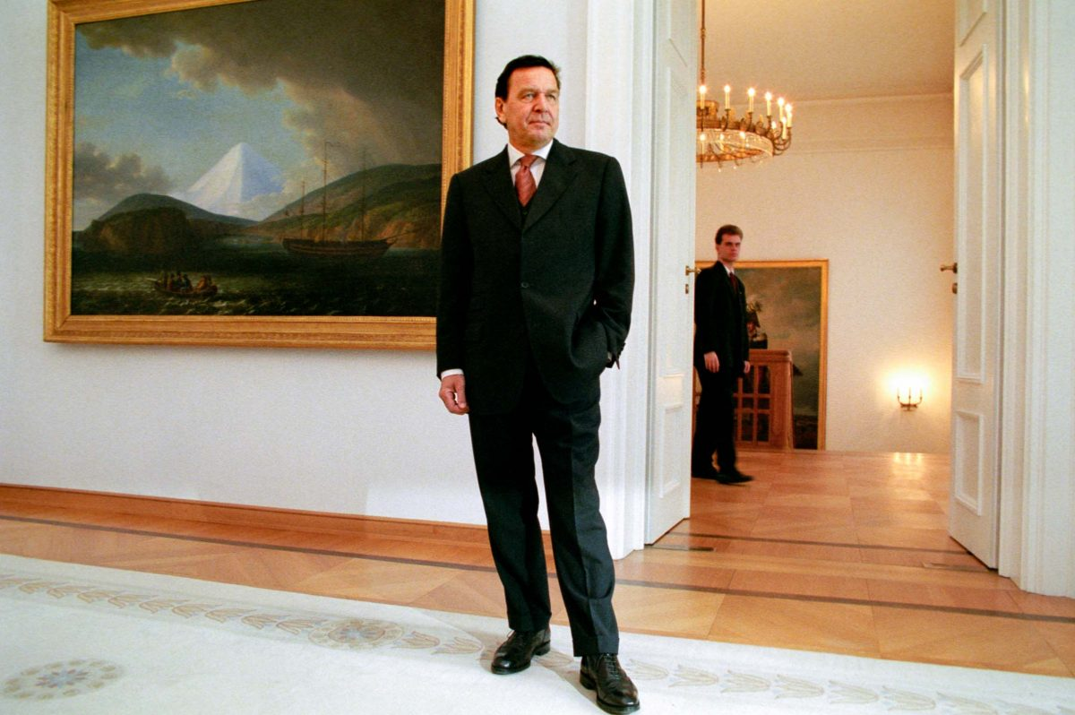 Gerhard Schröder, Chancellor of the Federal Republic of Germany (Berlin, 1999). Photo © Aris Fotografie